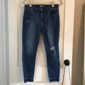 Old Navy Rockstar Super Skinny Ankle Jean